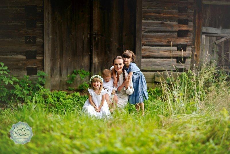 Sielsko i rodzinnie z Kasią, Hanią, Dusią i Gają